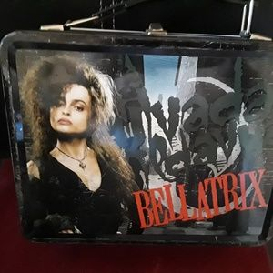 PRED OWNED HARRY POTTER  METAL LUNCH BOX